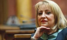 """Slavica Đukić Dejanović u """"Špijunki"""" u Novostima: Čita Koelja"""