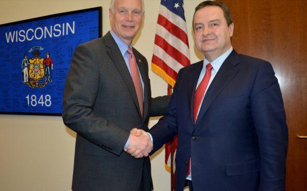 Сенатор Џонсон истакао подршку развоју демократије, борби против корупције и унапређењу економске сарадње Србијом