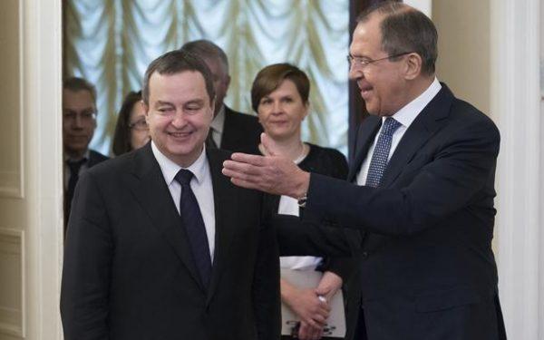 """Дачић и Лавров:""""Даљи развој сарадње у свим областима"""""""