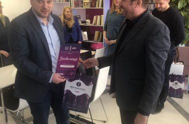 Nikodijević uručio donaciju Fakultetu za primenjeni menadžment, ekonomiju i finansije