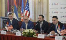 Ружић: Врата Министарства отворена за све градоначелнике
