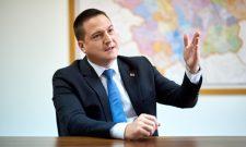 """Интервју Бранка Ружића за """"Аха магазин"""": Време за солидарност"""