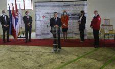 Ивица Дачић: Првих осам тона помоћи Аустрије стигле су у Србију