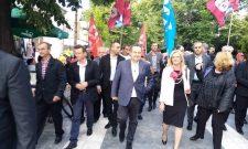 Ivica Dačić i Dragan Marković Palma u šetnji sa građanima Sokobanje
