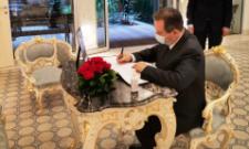 Дачић се уписао у књигу жалости поводом смрти бившег председника Велике народне скупштине и бившег премијера Републике Турске